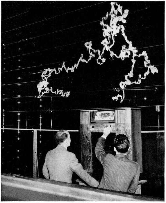GE_FM_radio_antistatic_demonstration_1940